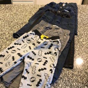 Bundle of Boys 3T pants 👖7 each